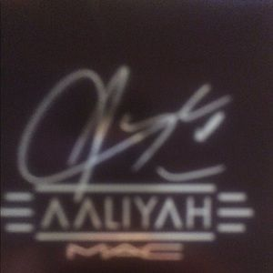 MAC AALIYAH face bronzer brand new color Baby Girl